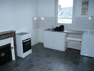LAVAL Appartement T2bis