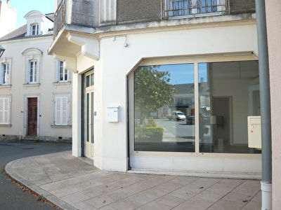 Meslay du Maine Local commercial de 44m²